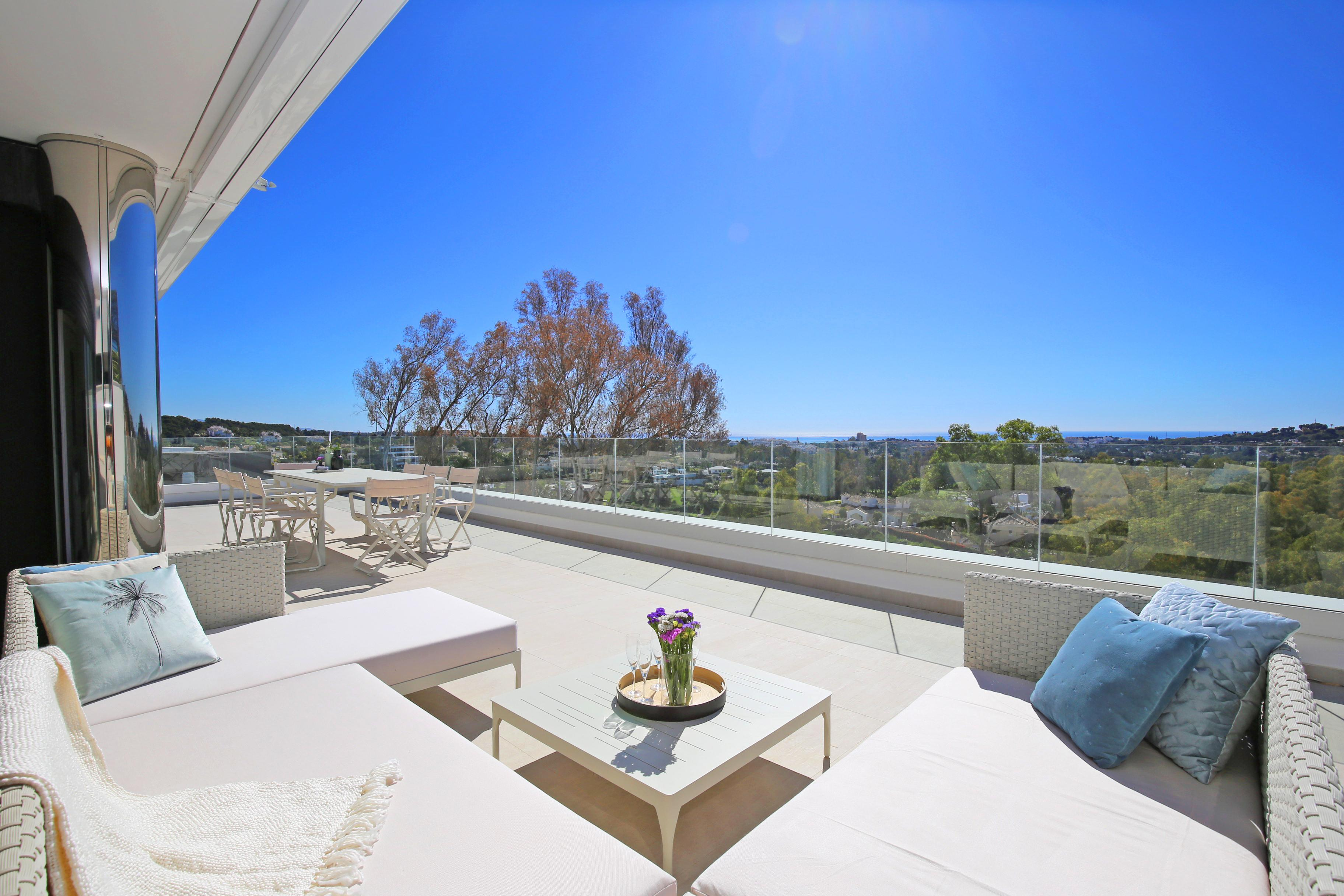 48f9ab7d3d7b6 Marbella Living will be hosting an Open House on Friday 12th April between  2 and 4pm in our exclusive listing in Azahar de Marbella, Nueva Andalucia.