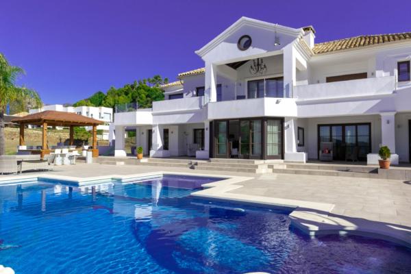 7 Спальня, 6 Ванная Вилла Продается в Marbella Club Golf Resort, Benahavis