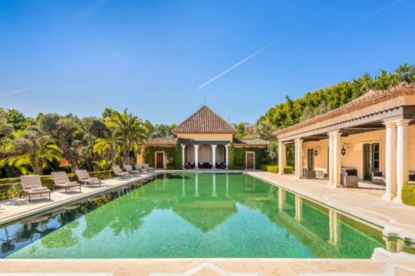 6 Bedroom, 7 Bathroom Villa For Sale in Marbella