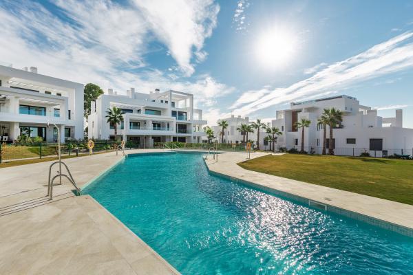 3 Chambre, 2 Salle de bains Penthouse A Vendre danse Las Terrazas de Atalaya, Estepona
